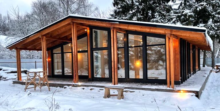 Шведский каркасный фахверковый дом шале одноэтажный. отопление, канализация, электрика, дизайн. строительство с отделкой под заселение